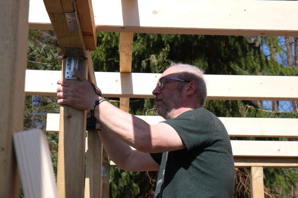 Micha als Baumeister